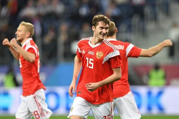 Tây Ban Nha hòa chủ nhà World Cup 2018 dù được hưởng hai quả phạt đền - Ảnh 9.