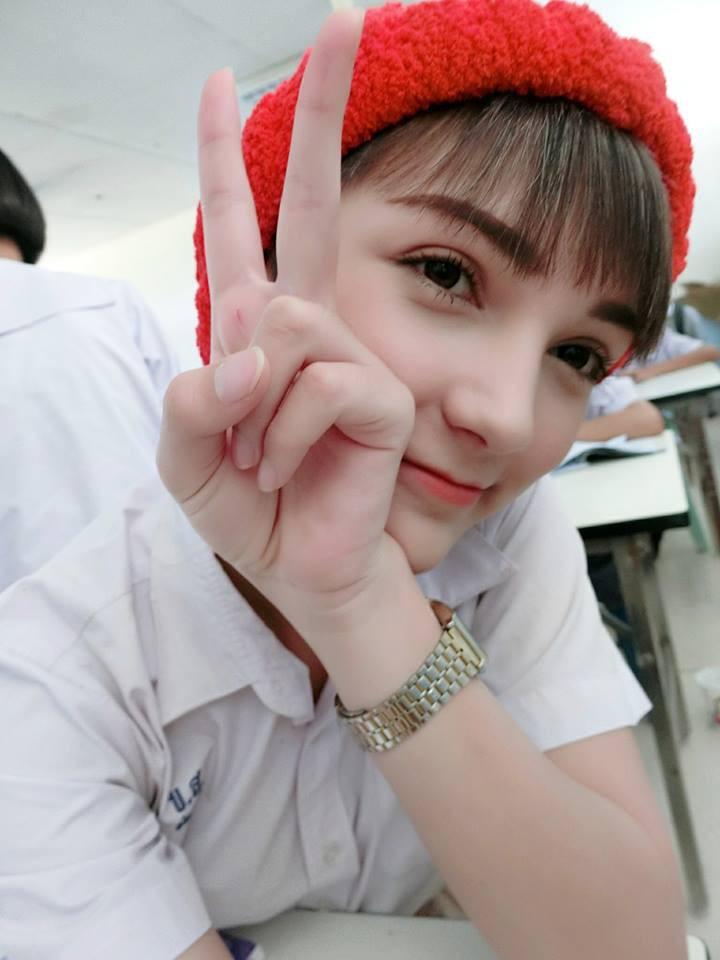 Xinh như thiên thần thế này nhưng cô bạn Thái Lan lại khiến người ta choáng váng khi biết được giới tính thật - Ảnh 1.