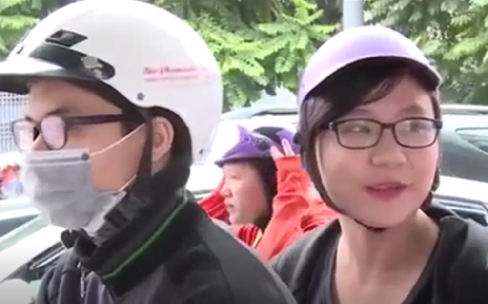 10 năm qua, người dân đã quen đội mũ bảo hiểm nhưng chưa thực sự an toàn - Ảnh 1.