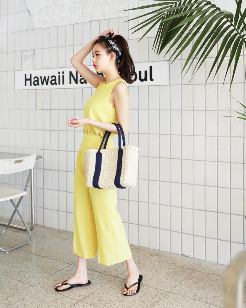 15 công thức diện áo 2 dây xinh hết ý các cô nàng nên áp dụng ngay cho ngày nóng chảy mỡ - Ảnh 13.