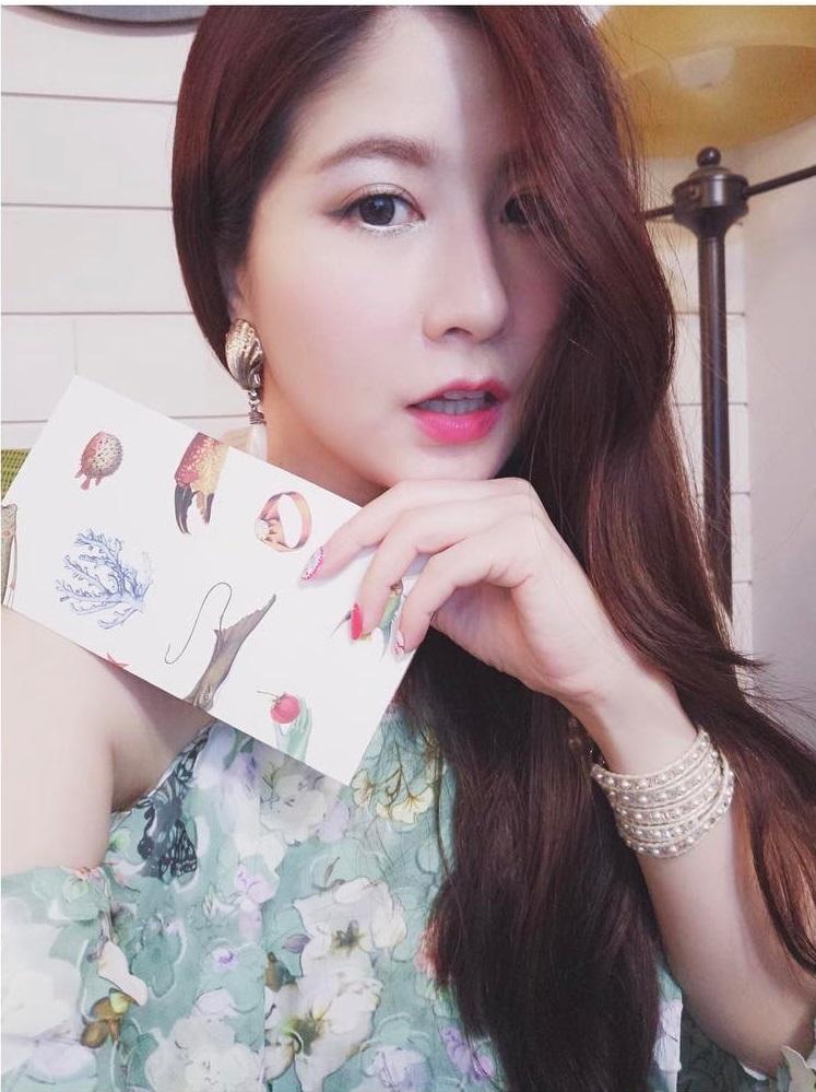 Không chỉ blogger Hàn, blogger Trung Quốc cũng toàn những cô nàng vừa xinh vừa giỏi - Ảnh 5.