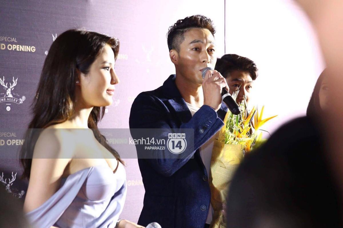 So Ji Sub xuất hiện cực bảnh trai, sánh đôi với Diệp Lâm Anh tại sự kiện - Ảnh 5.