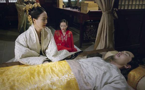 """""""Tam Sinh Tam Thế"""": """"Bỏng mắt"""" vì nụ hôn ngấu nghiến của Dạ Hoa và Bạch Thiển - Ảnh 13."""