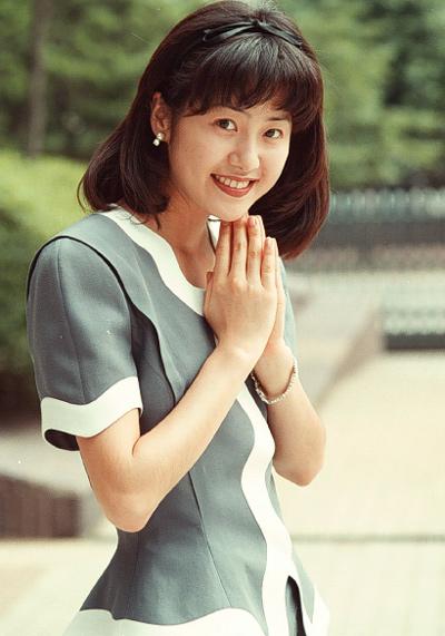 Trước Kim Tae Hee, đây là những tượng đài nhan sắc đại diện cho cả làng giải trí Hàn - Ảnh 13.