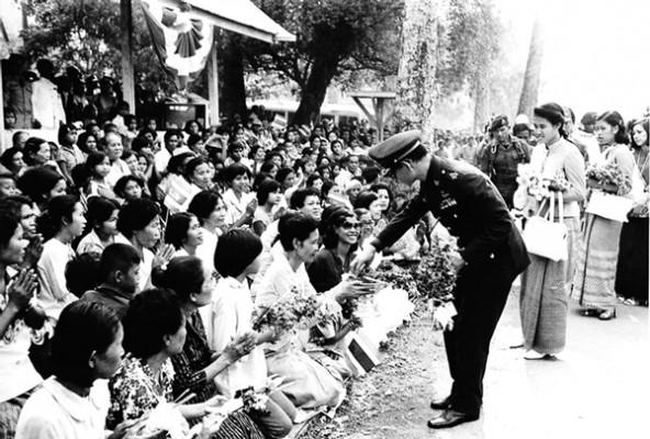 10 dấu ấn trong cuộc đời Quốc vương Bhumibol Adulyadej – Vị vua vĩ đại nhất lịch sử Thái Lan - Ảnh 16.