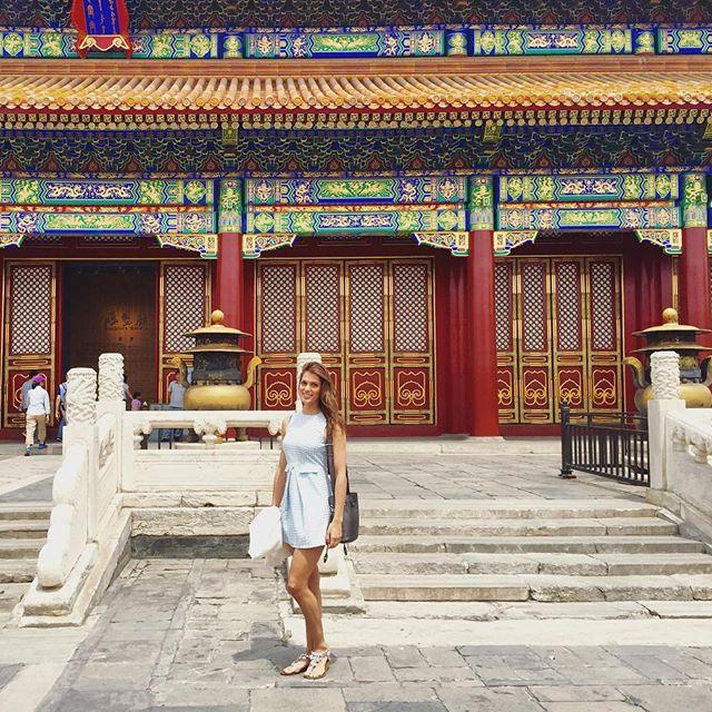 Tân Hoa hậu Hoàn vũ: Trên sân khấu lộng lẫy bao nhiêu, đời thường lại giản dị bấy nhiêu - Ảnh 4.
