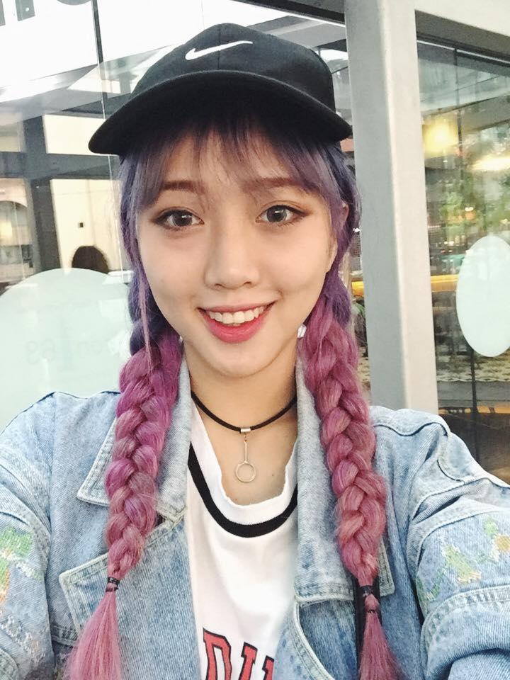 Cô gái tóc tím vô tình nổi tiếng khi làm khán giả của Giọng ải giọng ai - Ảnh 7.