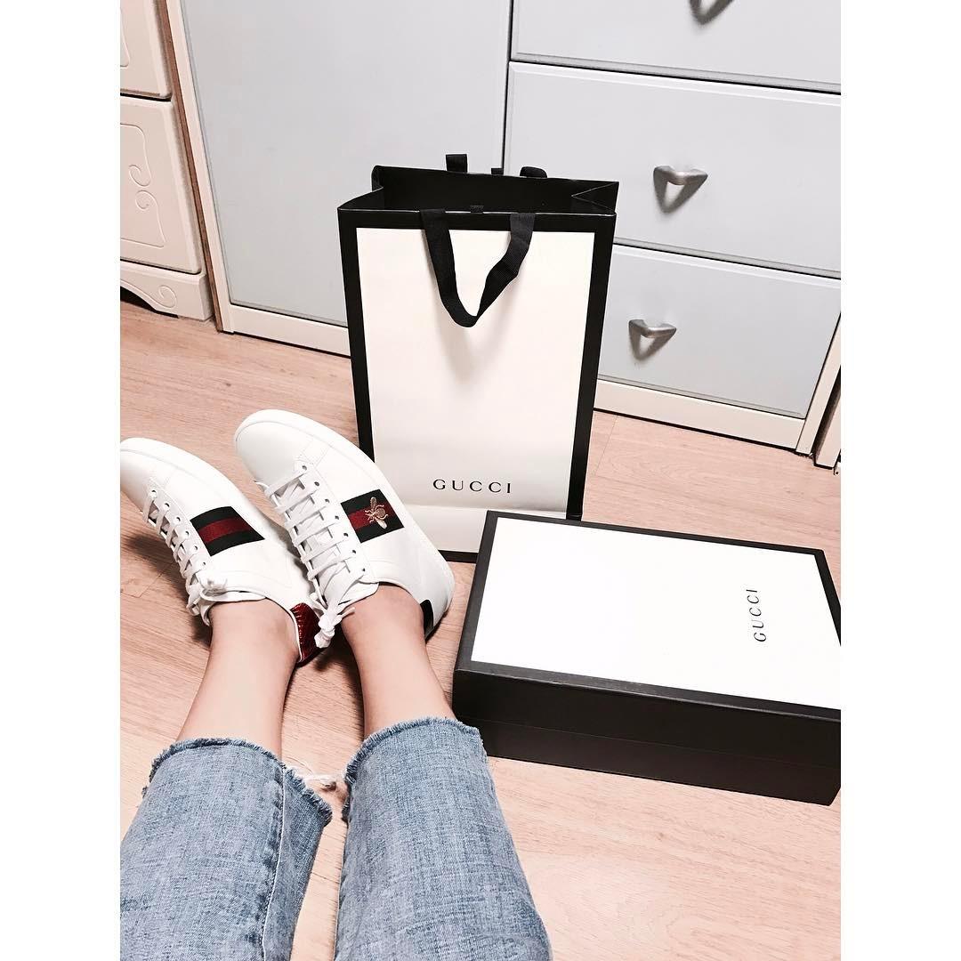 Giày Sneaker Thêu, Xu Hướng Hoa Hòe Hoa Sói Mà Bạn Cứ Lướt Instagram Là