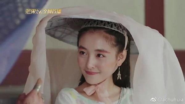 """""""Trạch Thiên Ký"""": Luhan đau lòng """"thoa son"""" cho Cổ Lực Na Trát - Ảnh 12."""