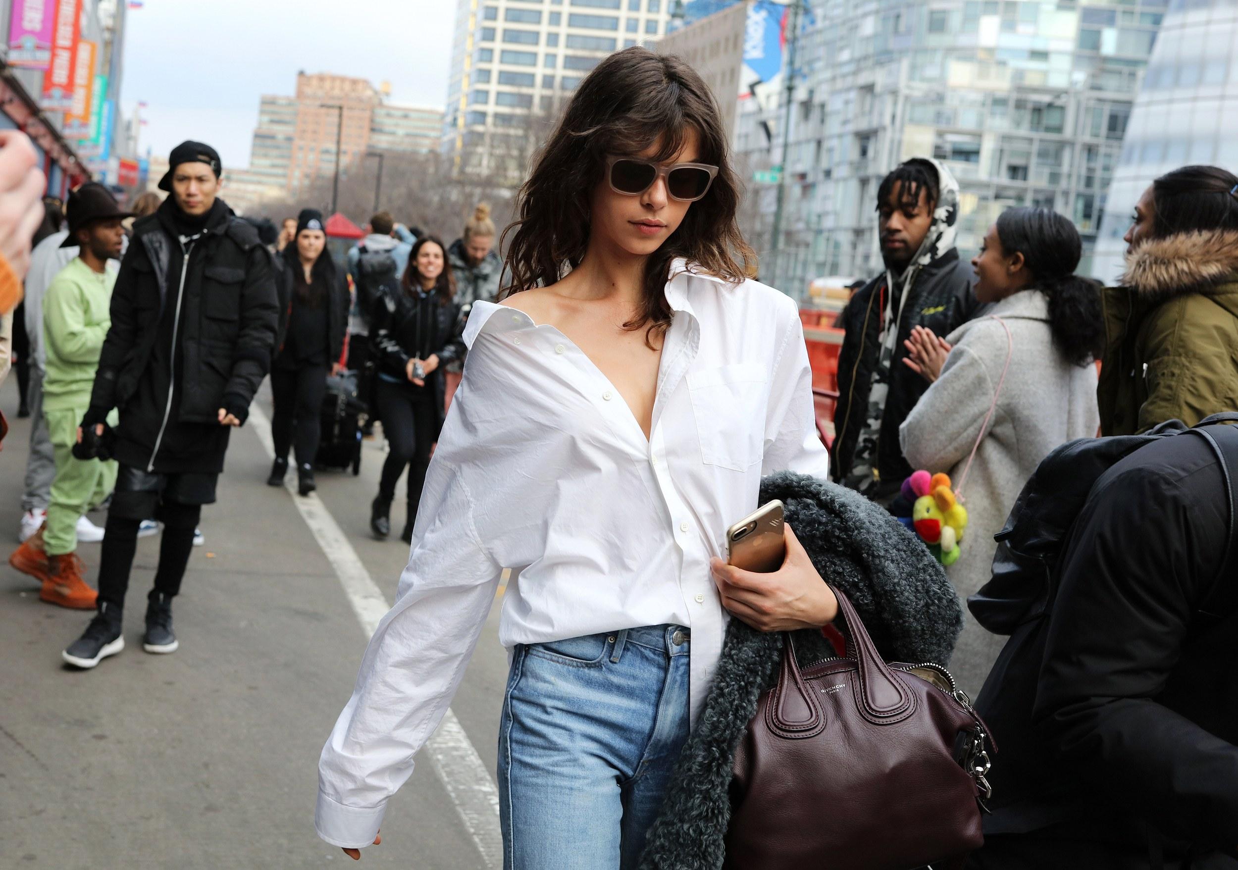 Chiêm ngưỡng đặc sản street style đẹp khó rời mắt tại Tuần lễ thời trang New York - Ảnh 18.