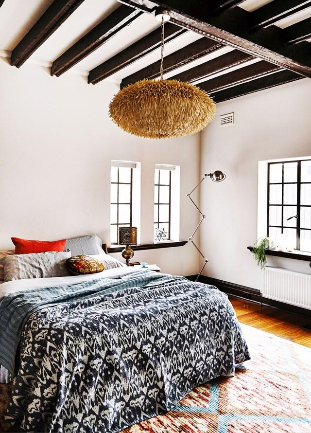 10 gợi ý trang trí phòng ngủ theo phong cách du mục phóng khoáng - Ảnh 17.