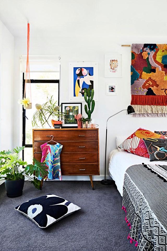 10 gợi ý trang trí phòng ngủ theo phong cách du mục phóng khoáng - Ảnh 1.