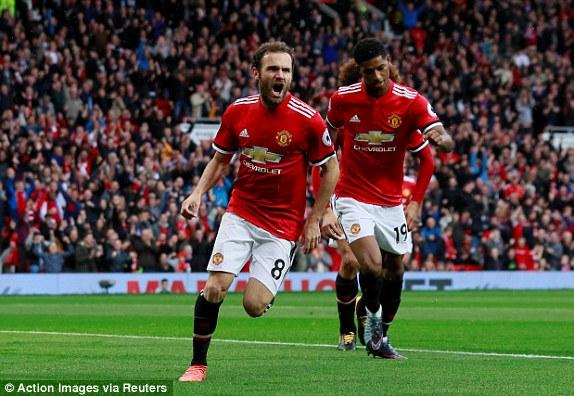 Man Utd thắng 4 sao, cân bằng kỷ lục về điểm số sau 7 vòng đấu - Ảnh 3.