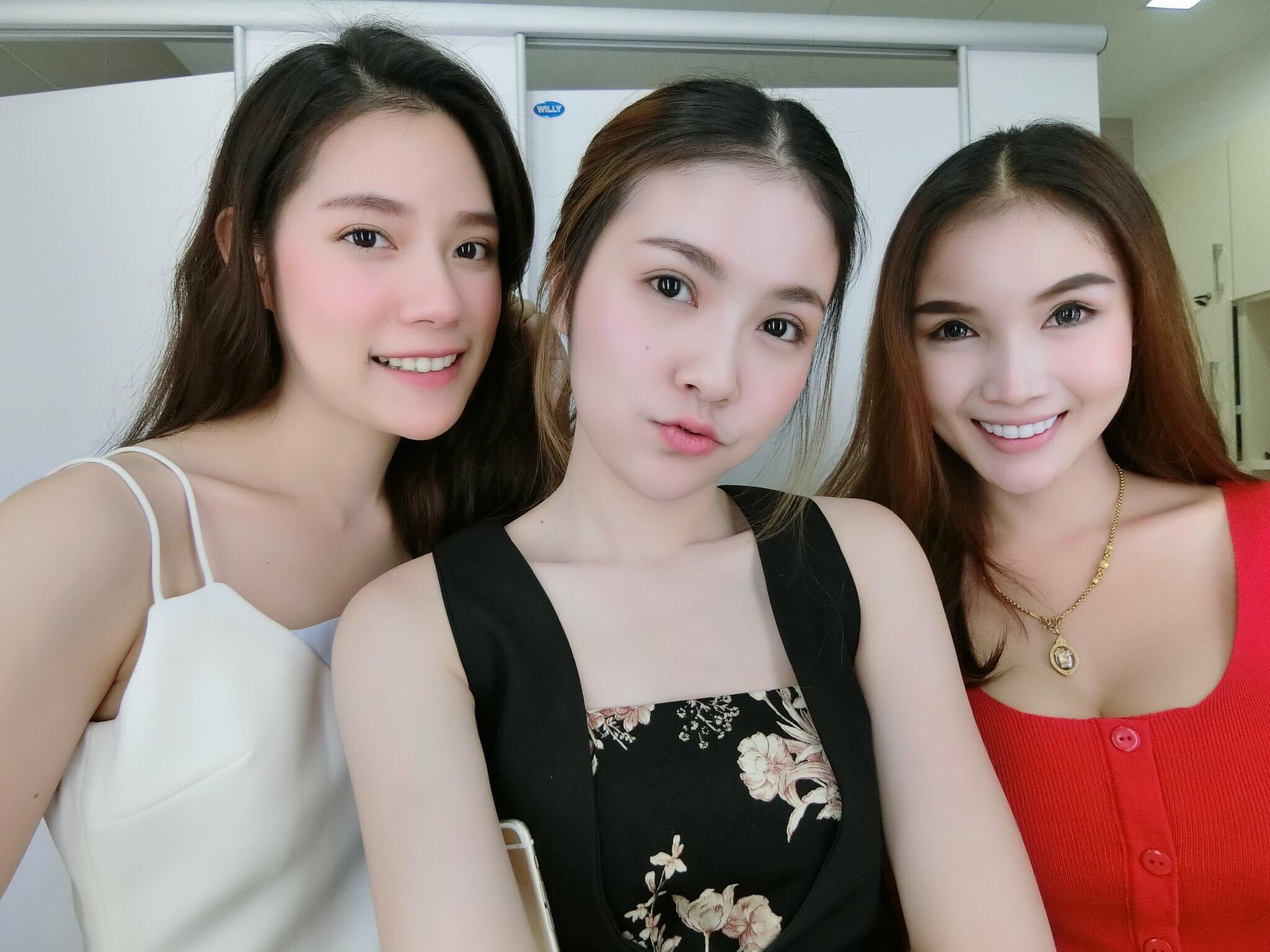 Bức ảnh siêu hot: 3 cô y tá đã xinh lại còn làm cùng viện với nhau! - Ảnh 4.