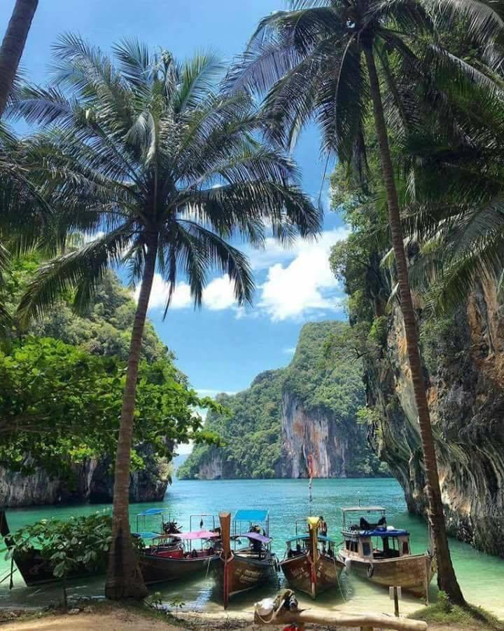 Ngay gần Việt Nam có 5 bãi biển thiên đường đẹp nhường này, không đi thì tiếc lắm! - Ảnh 4.
