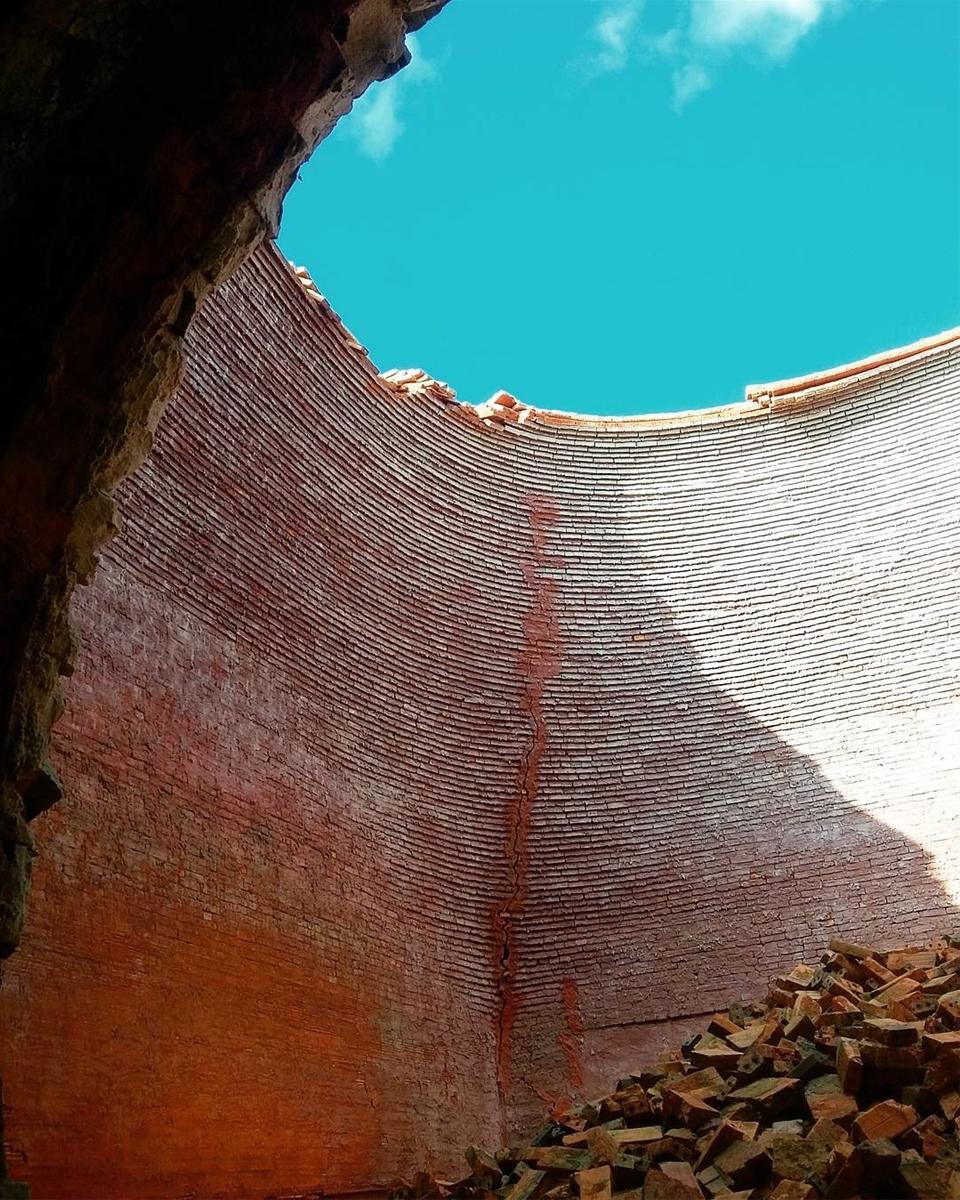 5 công trình bị bỏ hoang tại Việt Nam, muốn có những bức ảnh kì bí hết cả hồn thì nhất định phải đến! - Ảnh 38.