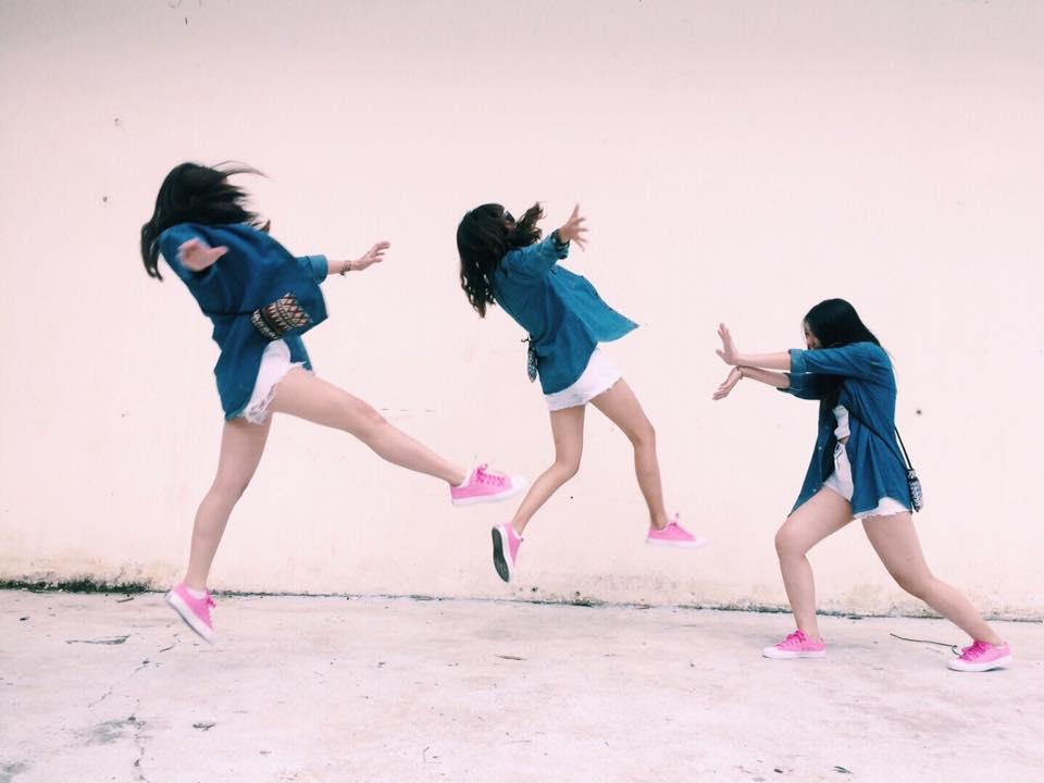 """Cần gì người yêu, cứ đi du lịch với """"hội chị em"""" như 3 cô bạn này là đủ vui lắm rồi! - Ảnh 11."""