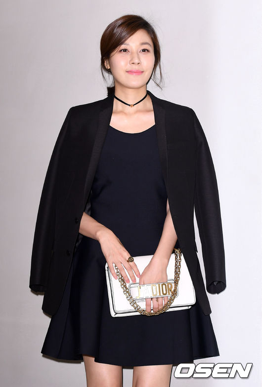 Yoona và Sulli cùng diện đồ hiệu đẳng cấp, đọ sắc vóc một chín một mười tại sự kiện của Dior - Ảnh 12.