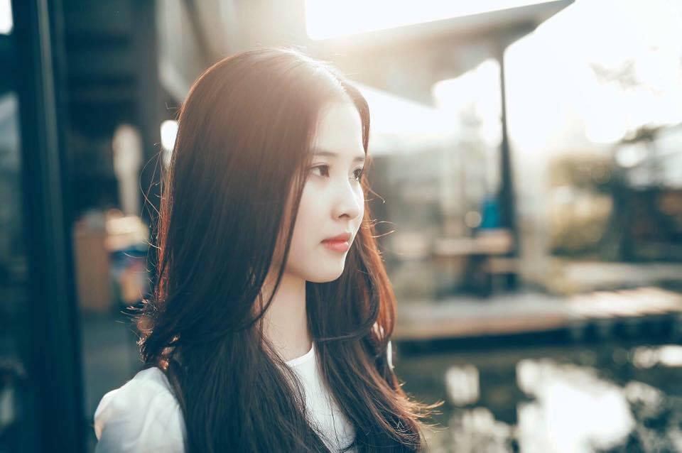"""Đẹp không kém gì """"thần tiên tỉ tỉ"""", cô gái Việt được mệnh danh chị em song sinh thất lạc của Lưu Diệc Phi - Ảnh 2."""