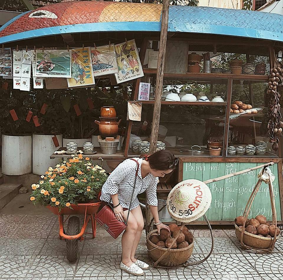 Ở Sài Gòn, đi đâu chụp ảnh vừa đầy chất Tết mà lại không bị sến? - Ảnh 13.