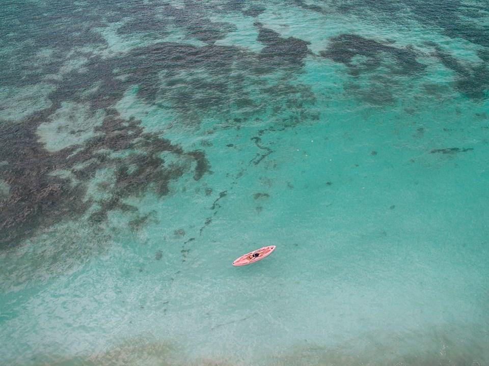 Ngay gần Việt Nam có 5 bãi biển thiên đường đẹp nhường này, không đi thì tiếc lắm! - Ảnh 32.
