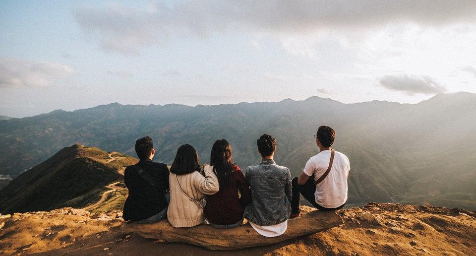 Đi du lịch với đám bạn thân, nhất định phải chơi 10 kiểu chụp ảnh này để có album sống ảo nghìn like! - Ảnh 16.