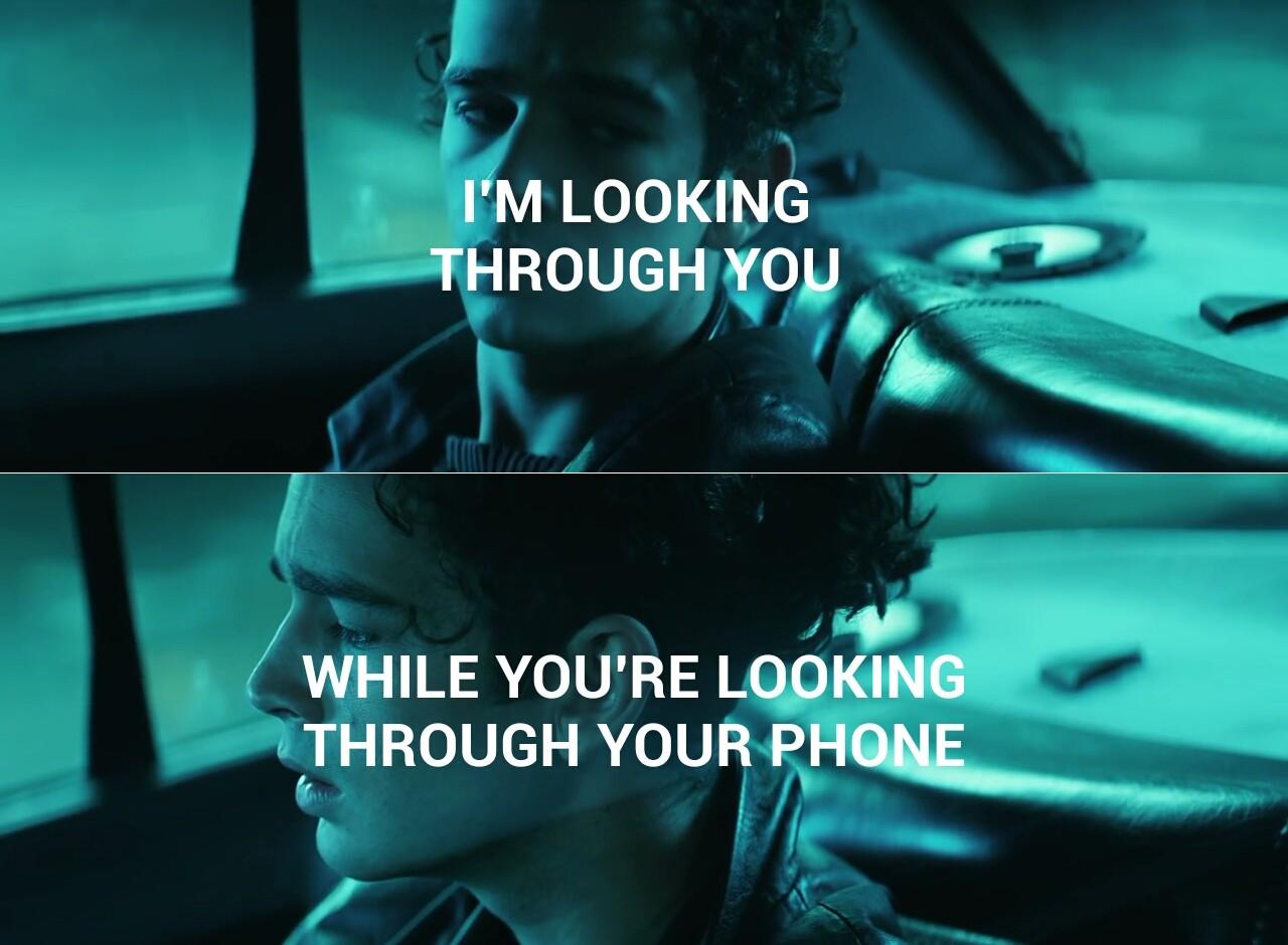 Anh không yêu em nhưng anh ghét ý nghĩ em đang ở bên một người khác - Ảnh 4.