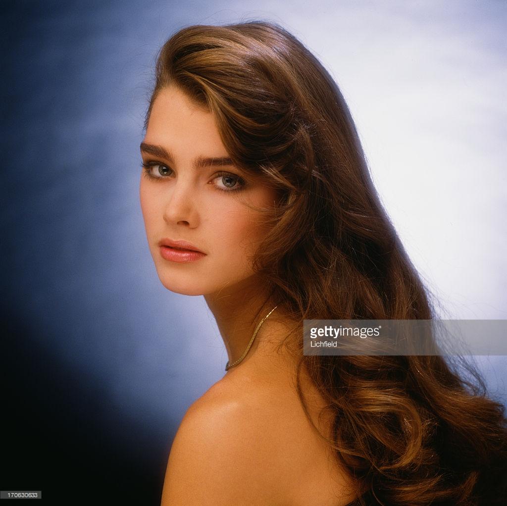 Những huyền thoại sắc đẹp của thập niên 90 khiến bạn thốt lên: Đây mới đúng là nữ thần! - Ảnh 17.