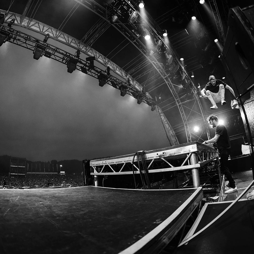 Xôn xao tin The Chainsmokers đi tour sang Việt Nam vào 14/9 - Ảnh 10.