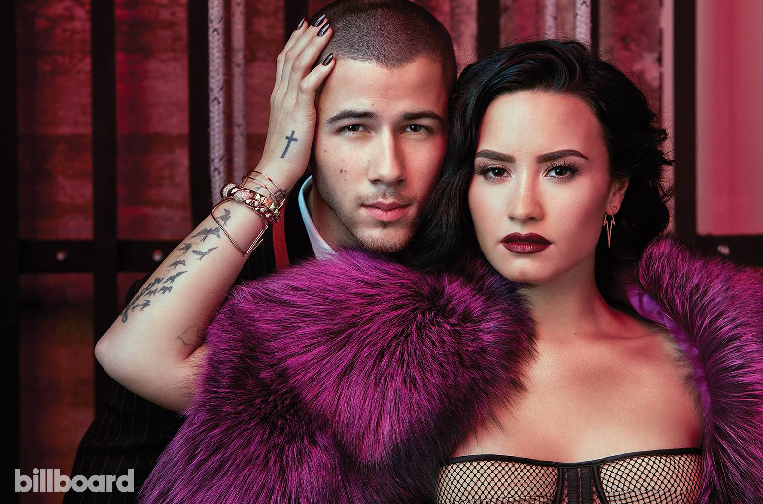 Là bạn thân 10 năm nhưng Demi tiết lộ muốn vượt rào với Nick Jonas trong bài mới? - Ảnh 2.