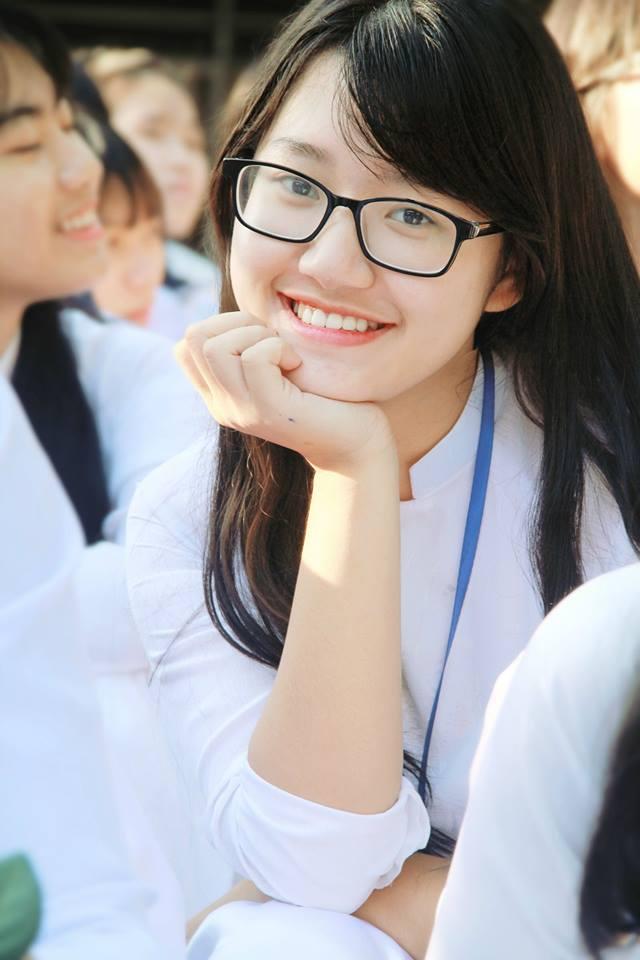 Nữ sinh Nghệ An xinh đẹp đạt 9.75 điểm môn Văn, được tuyển thẳng vào ĐH Sư phạm Hà Nội - Ảnh 12.