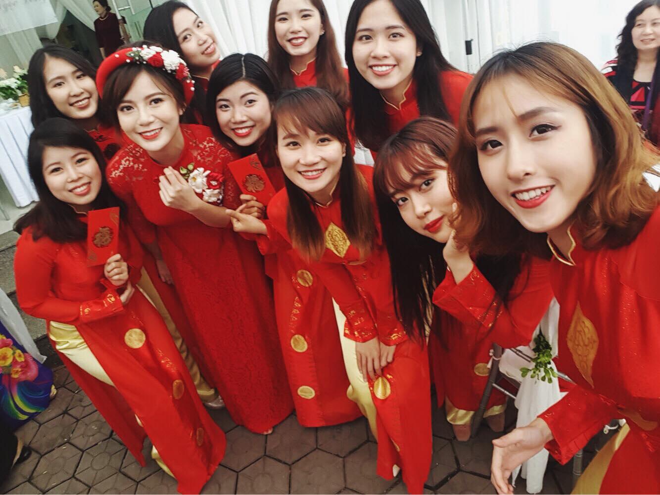 Hot girl Tú Linh M.U xinh đẹp rạng rỡ trong lễ ăn hỏi - Ảnh 3.