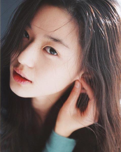 Không thể tin nổi đây là ảnh mặt mộc 100% của mợ chảnh Jeon Ji Hyun 13 năm trước - Ảnh 5.
