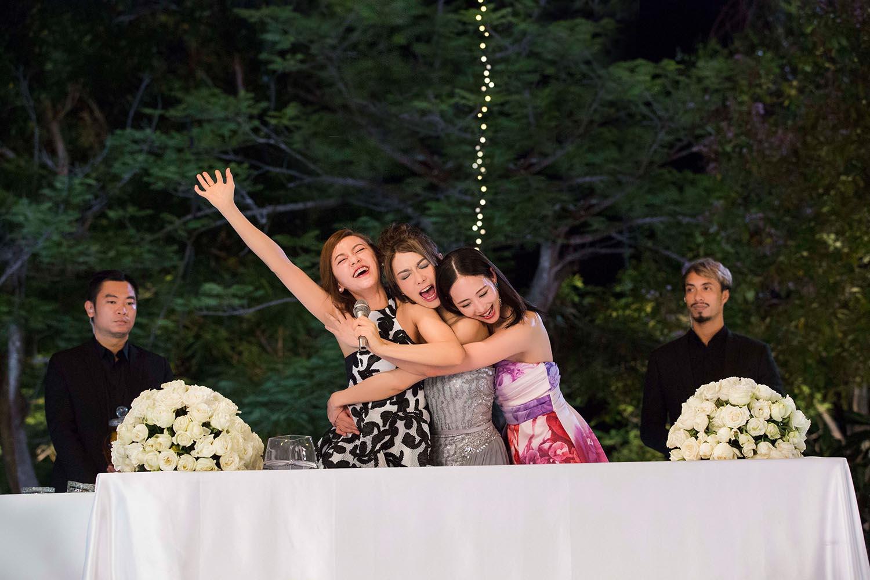 Trương Quân Ninh, Trần Ý Hàm mê chơi đến... bay cả quần áo ở tiệc xa hoa của Trần Bảo Sơn - Ảnh 3.