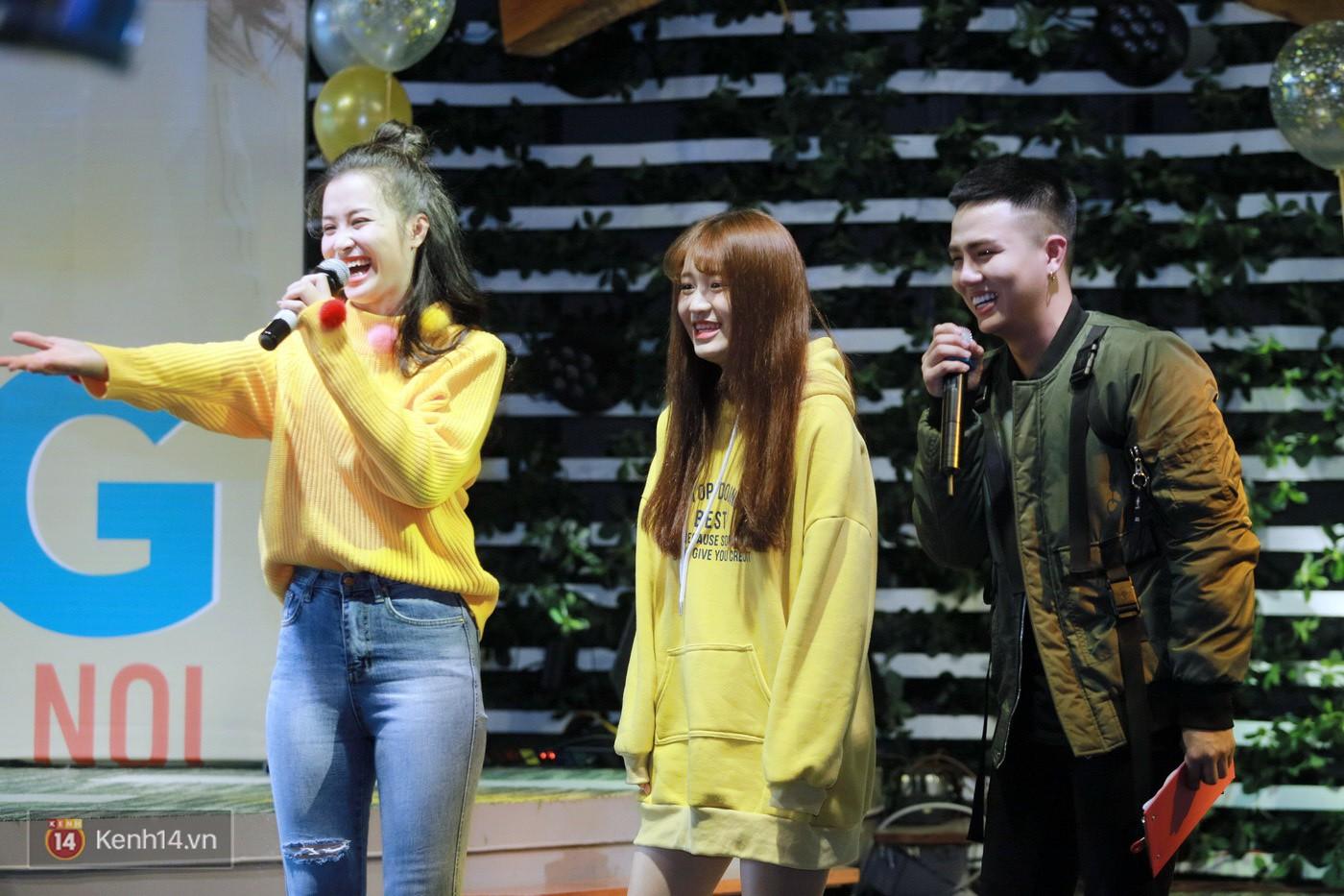 Đông Nhi nghẹn ngào rơi nước mắt trước tình cảm của fan Hà thành trong buổi fan-meeting - Ảnh 5.