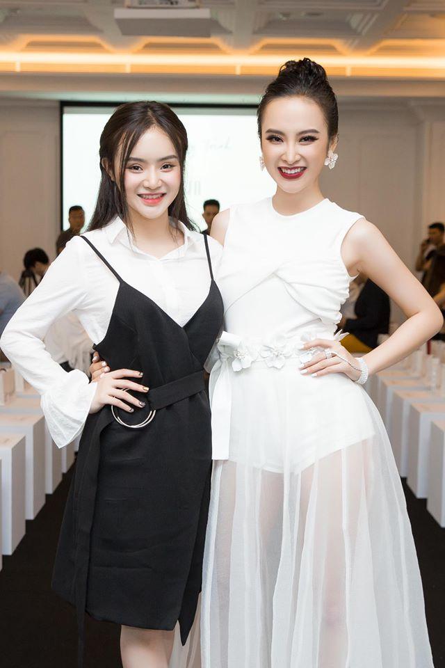Netizen cho rằng BST của Angela Phương Trinh giống hết đồ các shop bán từ lâu - Ảnh 14.