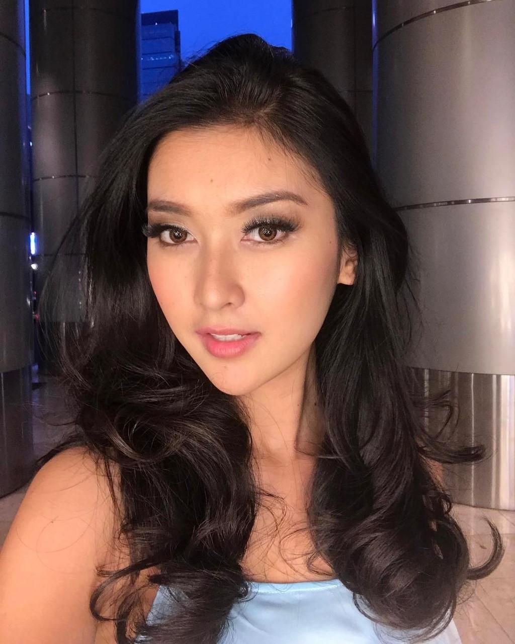 Hoa hậu của 6 cuộc thi lớn nhất thế giới năm 2017: Người đẹp tuyệt trần, kẻ thì bị chê là thảm họa - Ảnh 8.