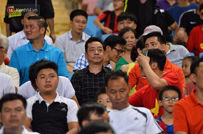 Người phán xử Phan Quân dự khán trận thua tan tác của U22 Việt Nam - Ảnh 1.