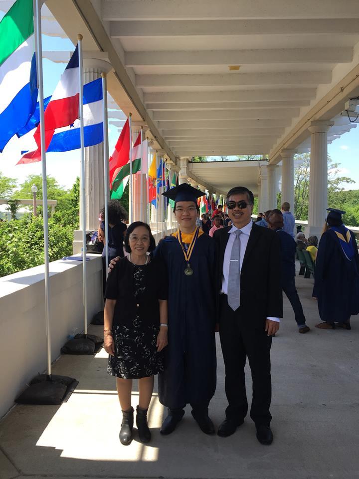 Kỳ thủ Lê Quang Liêm tốt nghiệp loại xuất sắc Đại học Mỹ - Ảnh 3.