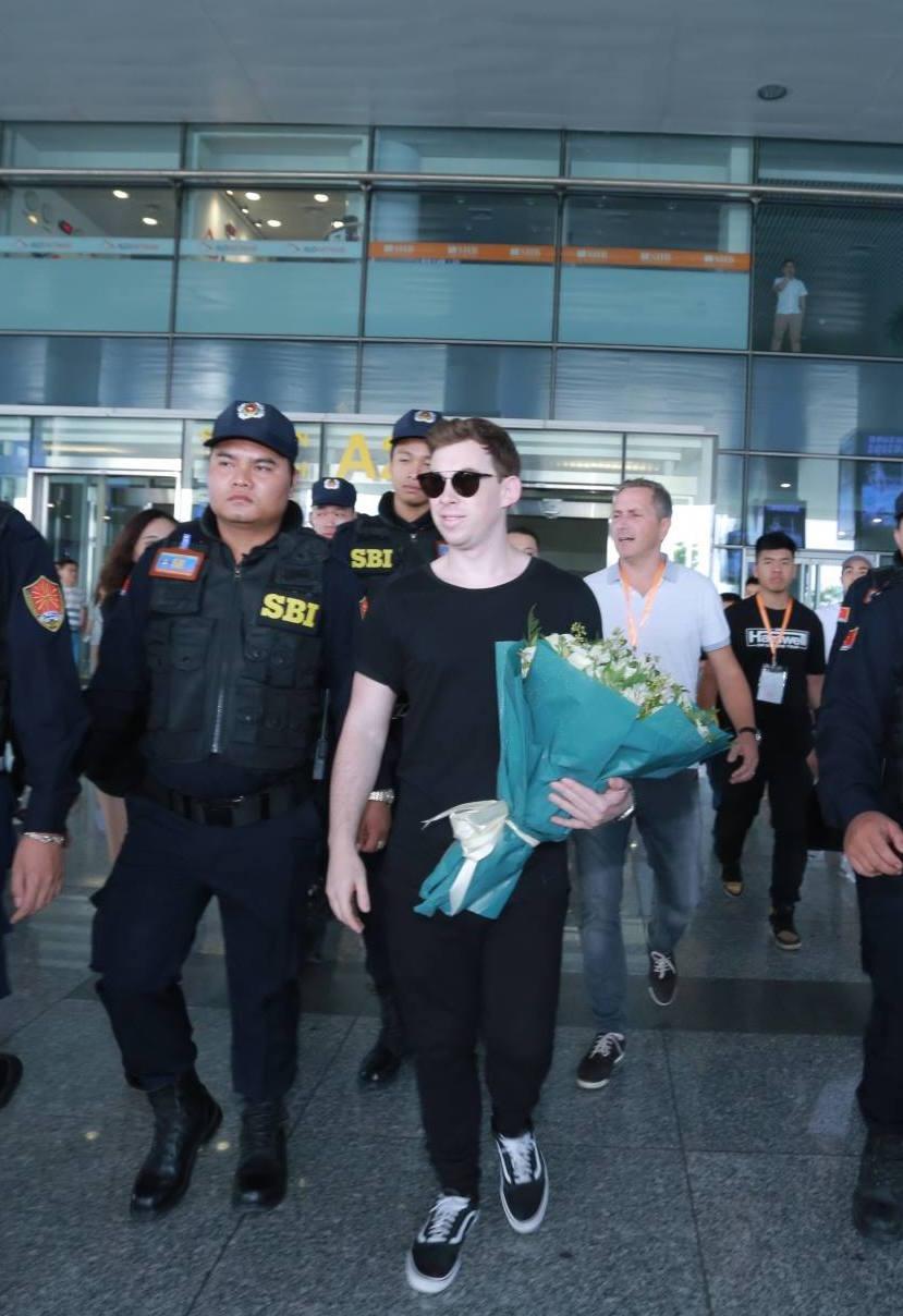 DJ Top 3 Thế Giới – Hardwell đã có mặt tại Việt Nam - Ảnh 8.