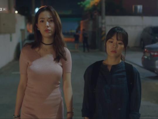 Top sao nữ ngực khủng nhất xứ Hàn: Cứ đóng phim là phải khoe vòng 1 bức tử? - Ảnh 12.