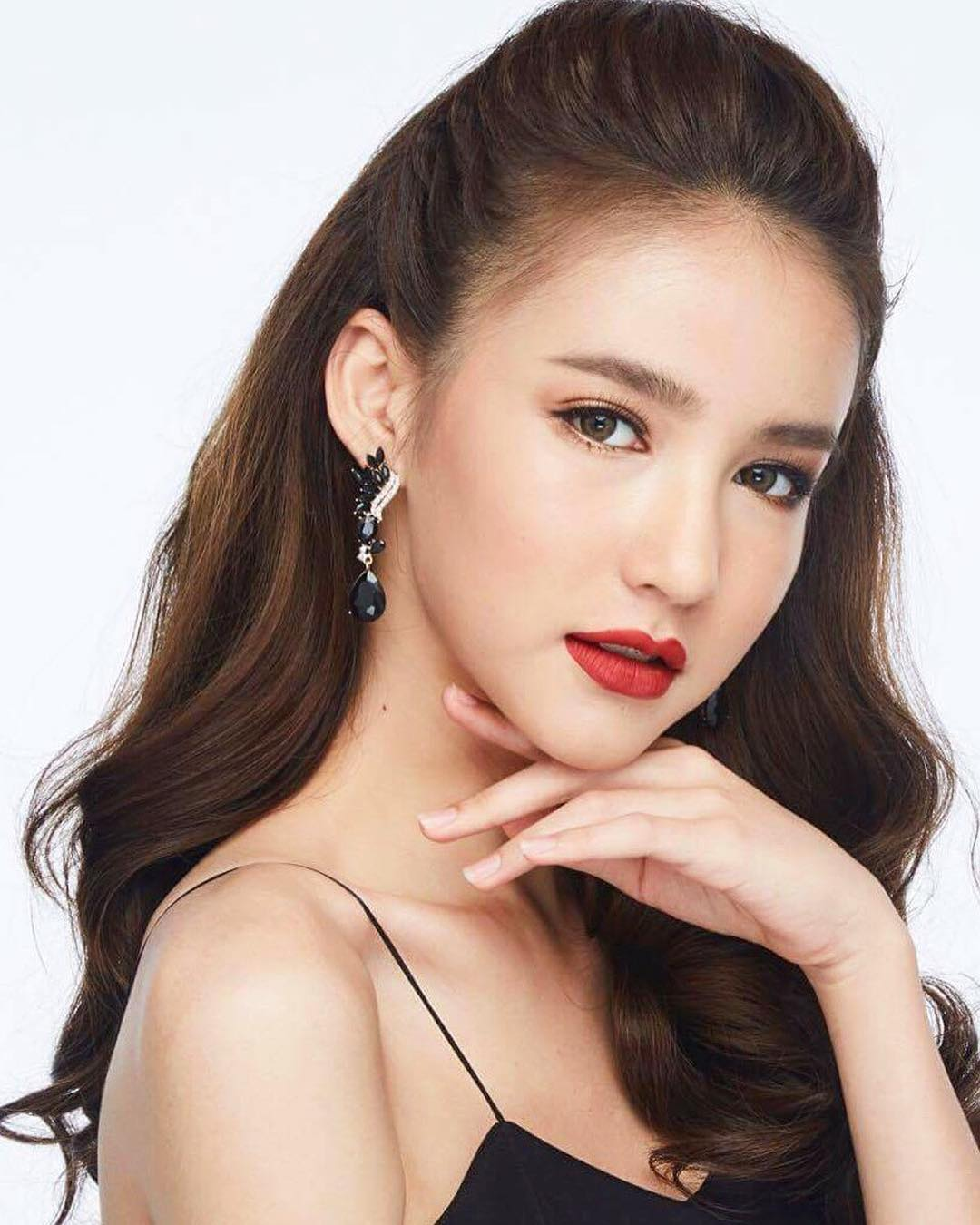 Hoa hậu chuyển giới Thái Lan 2017: Cuộc thi hiếm có cả tân Hoa hậu và Á hậu 1 đều đẹp quá xuất sắc - Ảnh 9.