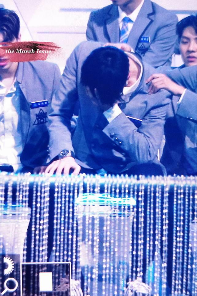 Khóc nhiều không kém fan khi Jonghyun (NUEST) bị loại khỏi Produce 101, chàng trai đó là ai? - Ảnh 1.