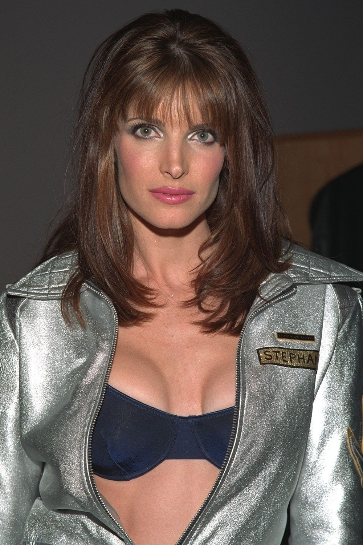 Cách makeup của thiên thần Victorias Secret 2 thập kỷ qua: luôn đơn giản, tự nhiên nhưng sexy đến tột cùng - Ảnh 3.