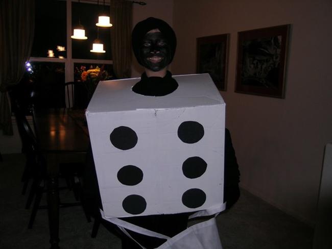 15 gợi ý về trang phục để bạn có một lễ Halloween...không thể tồi tệ hơn. - Ảnh 3.