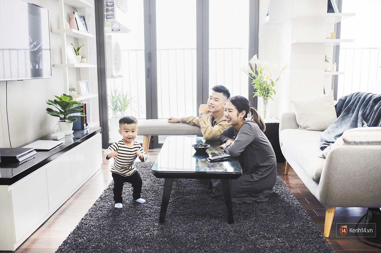 Gia đình trong mơ Trang Lou - Tùng Sơn: Có con là điều khó khăn nhất nhưng cũng hạnh phúc nhất! - Ảnh 2.