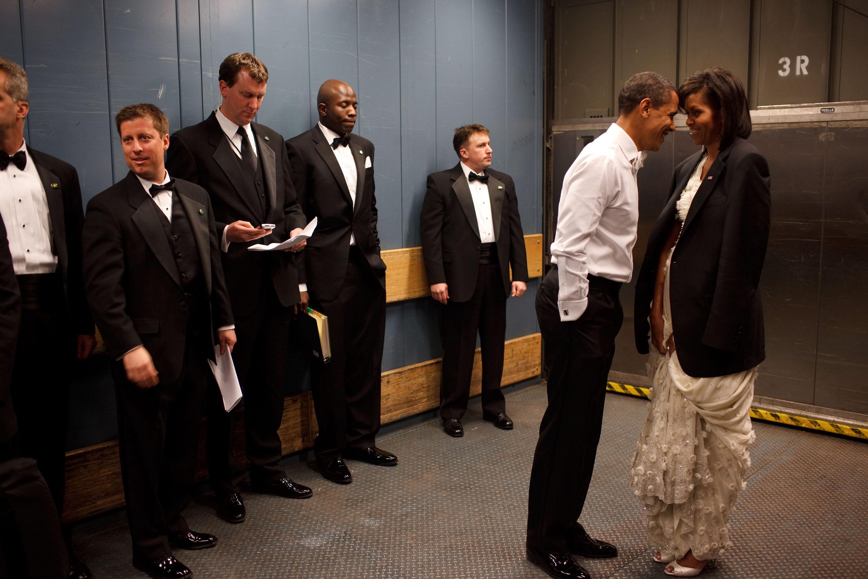 Những khoảnh khắc đáng nhớ bên vợ con của Tổng thống Obama trong 8 năm đương nhiệm - Ảnh 3.