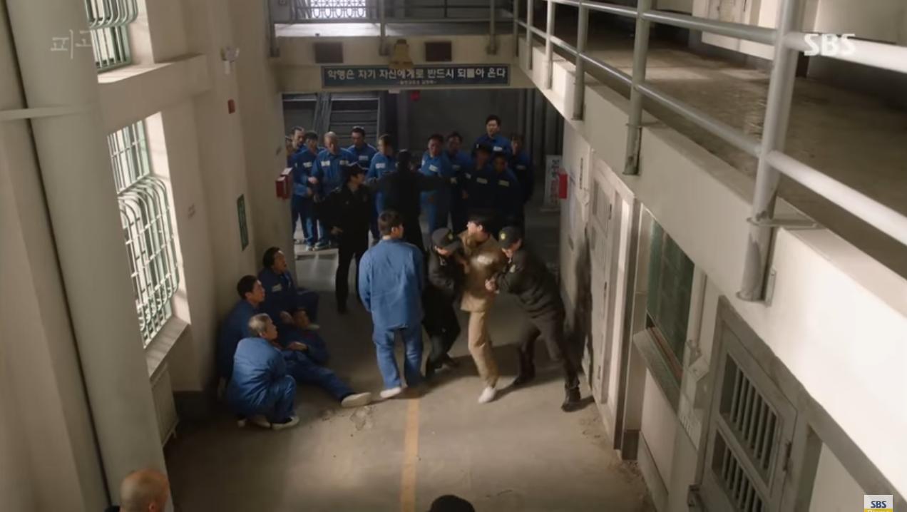 """Phim """"Bị Cáo"""" của Ji Sung gây tranh cãi khi thông báo tăng thêm 2 tập - Ảnh 3."""