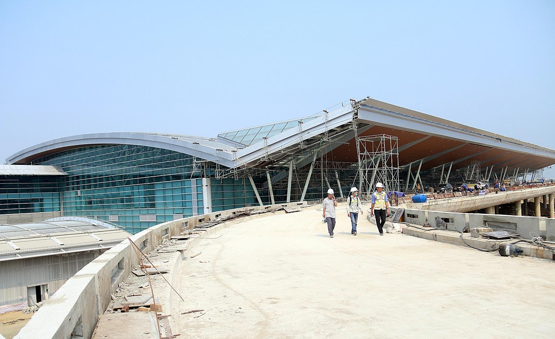 Cận cảnh nhà ga hành khách quốc tế hơn 3.500 tỷ đồng sắp hoàn thành ở Đà Nẵng - Ảnh 16.