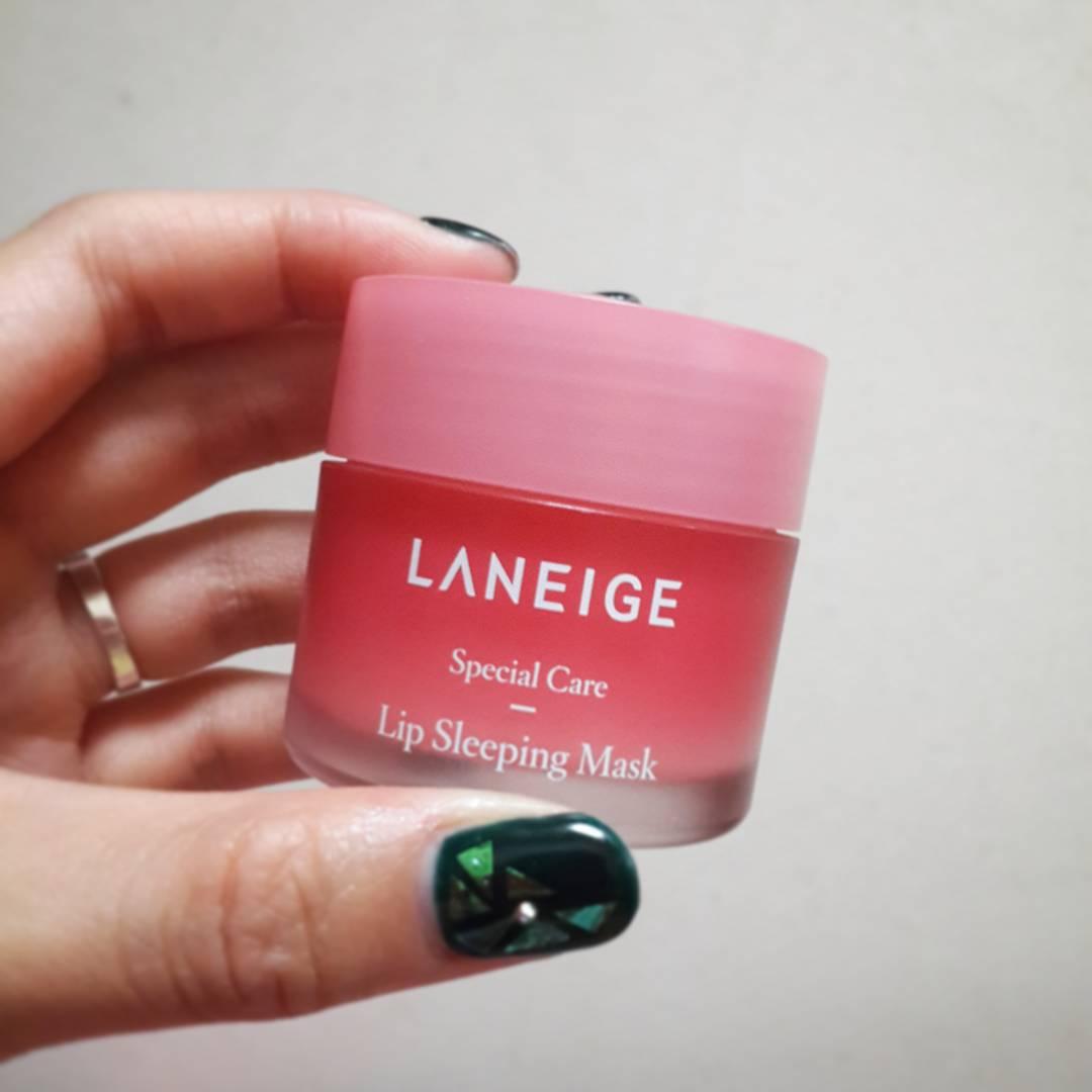 Giá dưới 400 ngàn, mặt nạ môi Laneige vẫn chấp hết các hãng khác vì khả năng làm mướt và hồng môi siêu siêu đỉnh - Ảnh 1.
